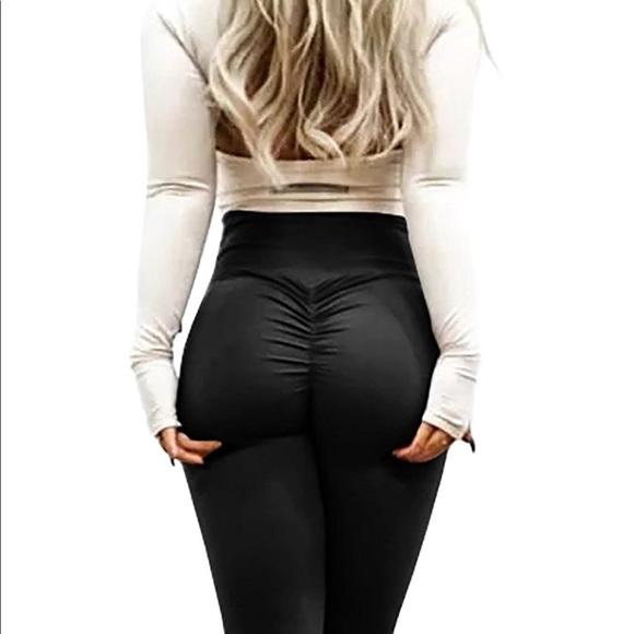 4131437aa Booty Scrunch High Waist Yoga Pants Leggings NWOT.  M 5ab0558c05f43097daa237aa